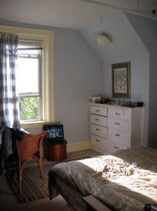 smaller bedroom